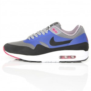 d88d77498cf3 Nike Air Max 2013 Womens Black Friday Nike Air Max 2013 Womens Black ...